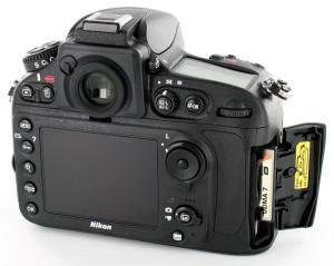 Nikon-D800-rearcard_900p
